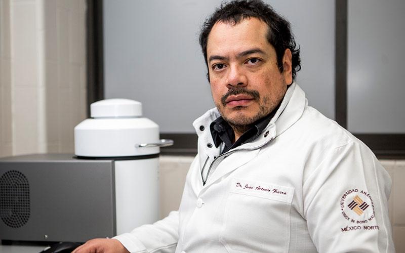 Dr. Gilberto Vaughan