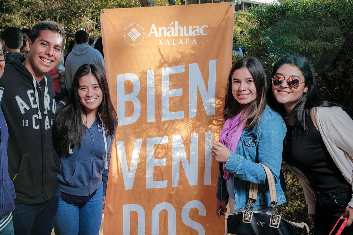 3 / 28 - Los alumnos Anáhuac contagian de entusiasmo el Campus Visit