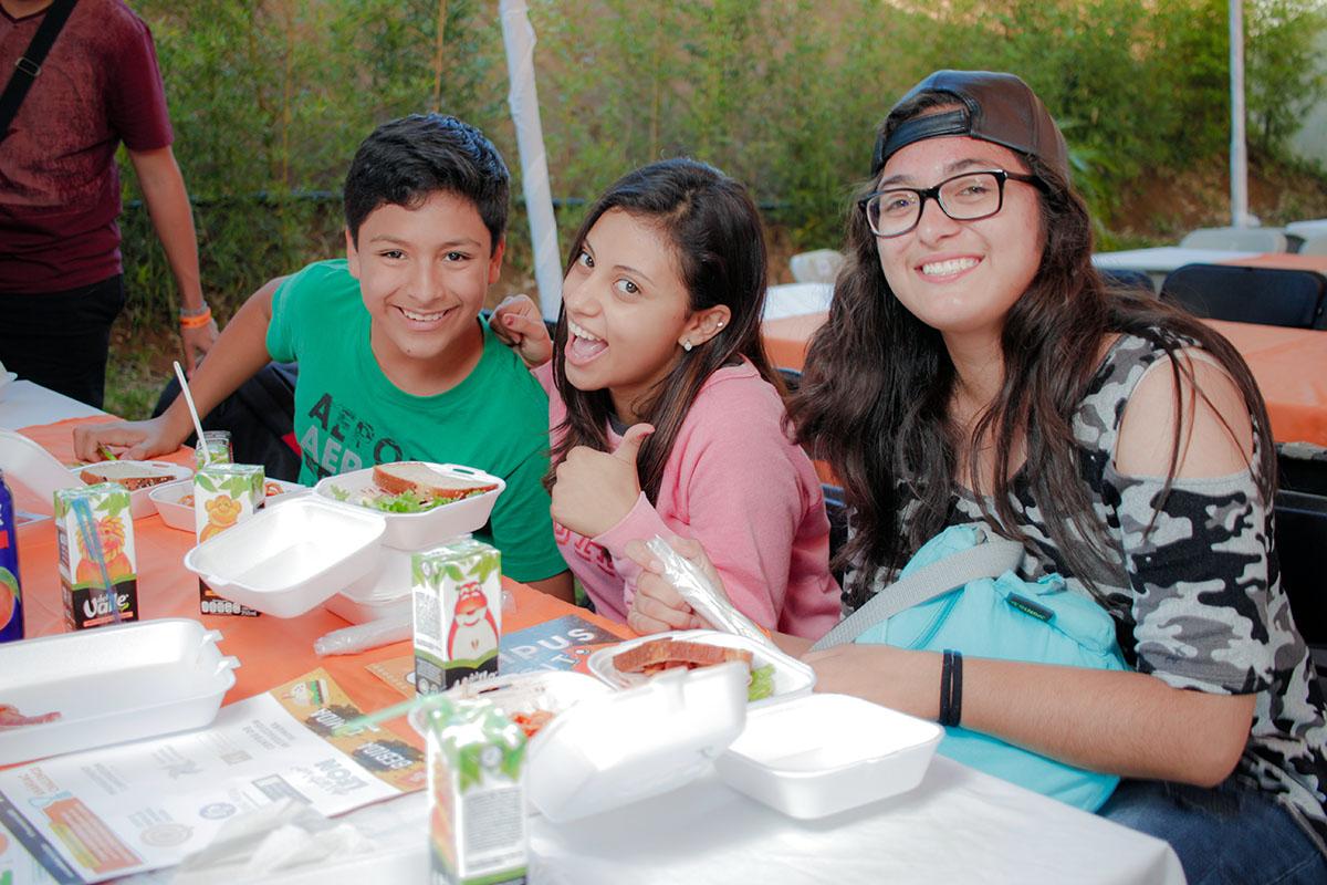 4 / 28 - Los alumnos Anáhuac contagian de entusiasmo el Campus Visit