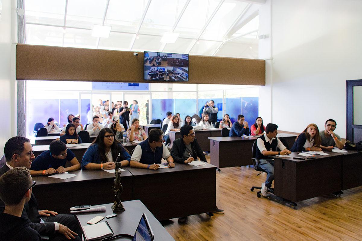 9 / 28 - Los alumnos Anáhuac contagian de entusiasmo el Campus Visit