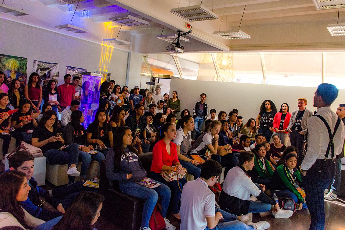 14 / 28 - Los alumnos Anáhuac contagian de entusiasmo el Campus Visit