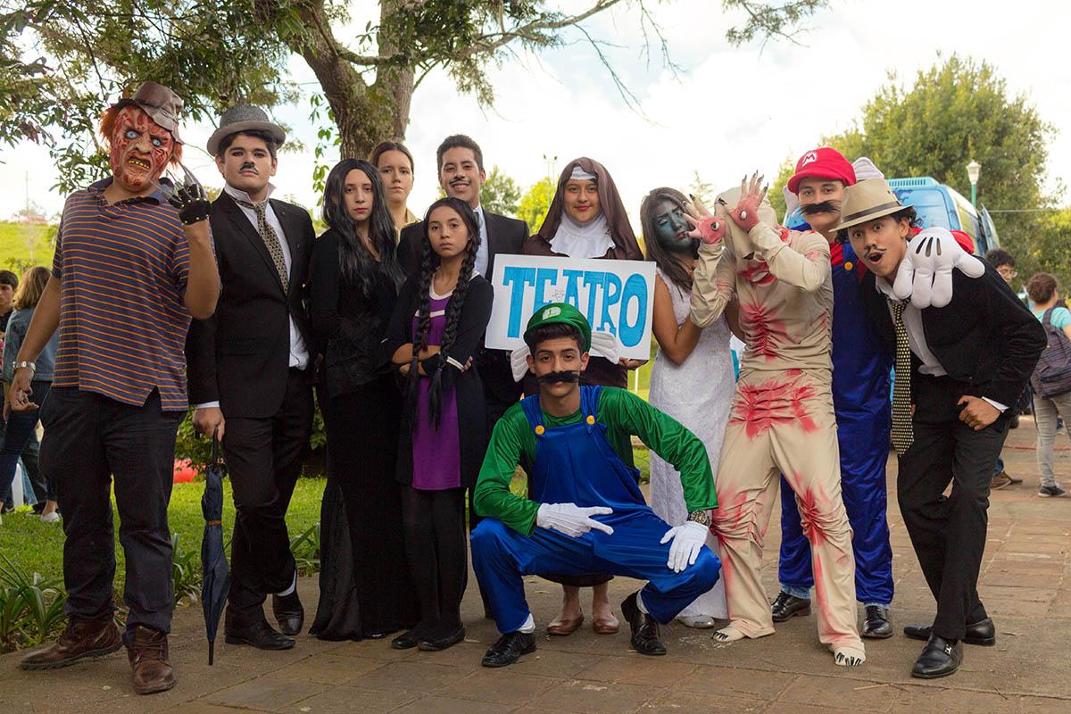 17 / 28 - Los alumnos Anáhuac contagian de entusiasmo el Campus Visit