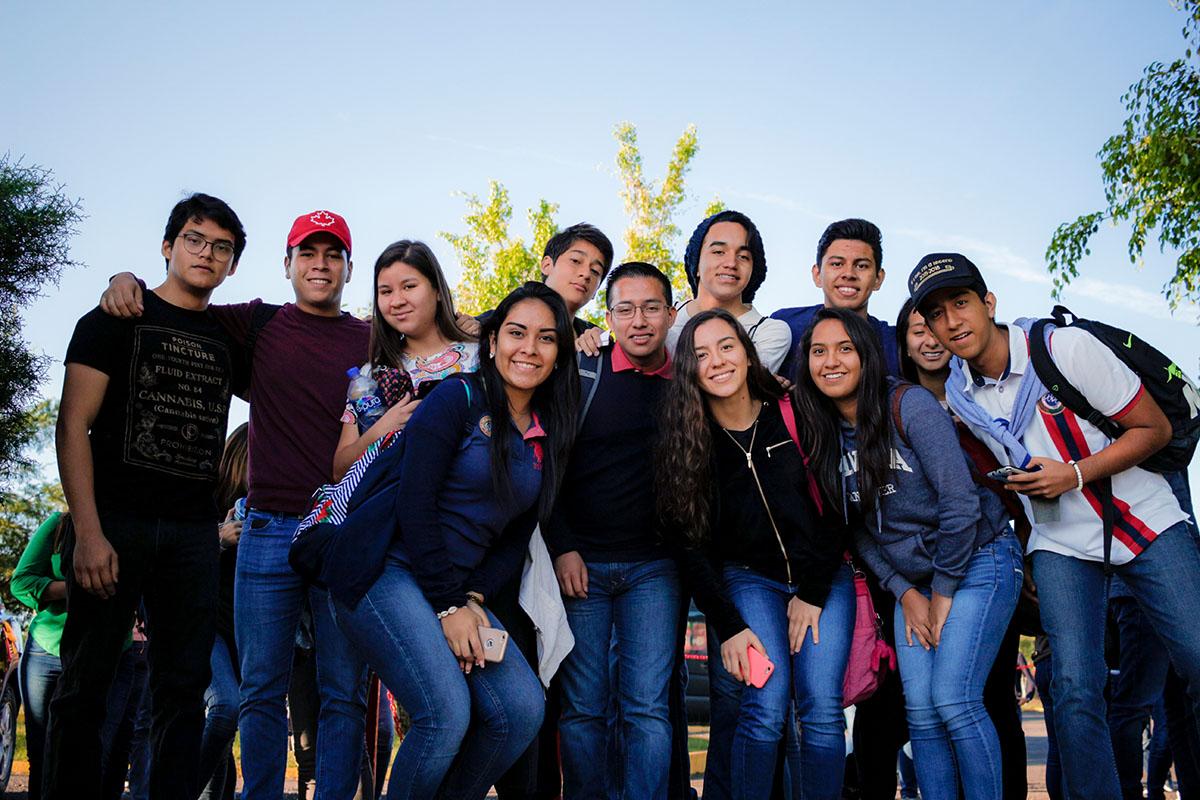 27 / 28 - Los alumnos Anáhuac contagian de entusiasmo el Campus Visit