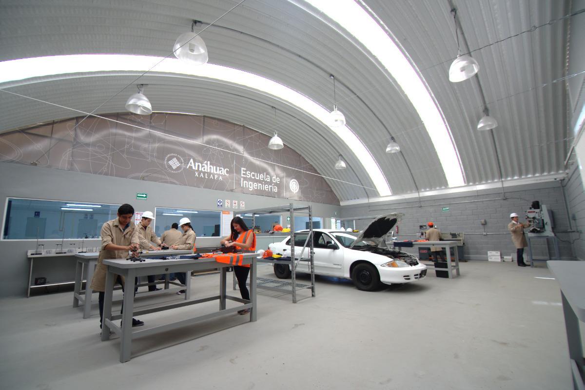 Taller de Maquinado, Centro de Innovación e Ingeniería Aplicada