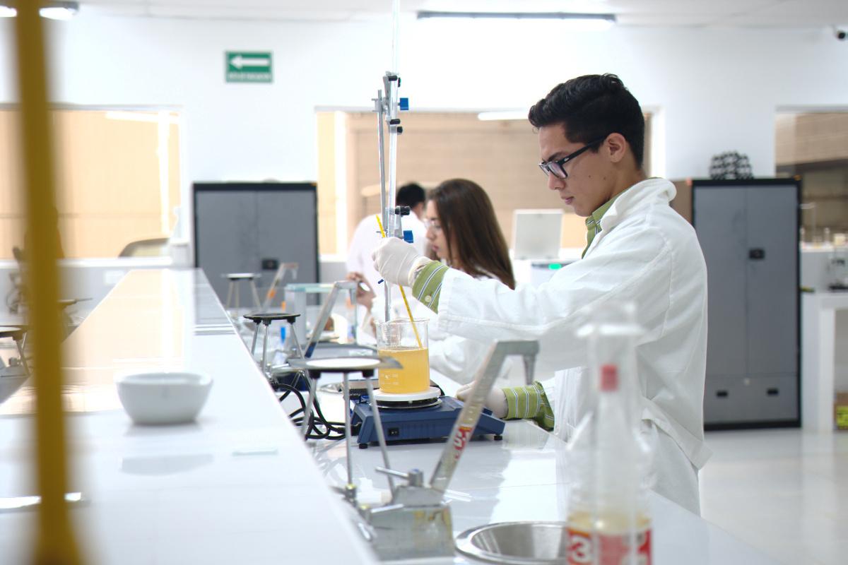 Laboratorio de Química, Centro de Innovación e Ingeniería Aplicada