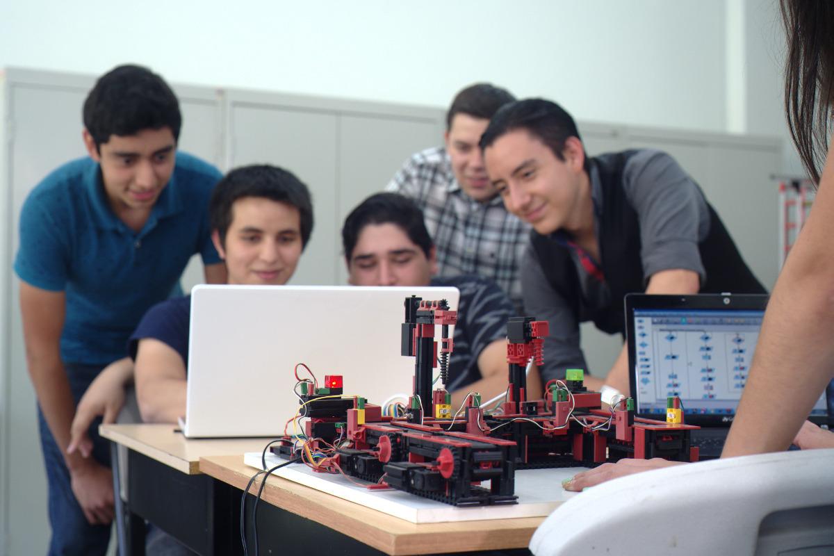 Laboratorio de Mecatrónica, Centro de Innovación e Ingeniería Aplicada