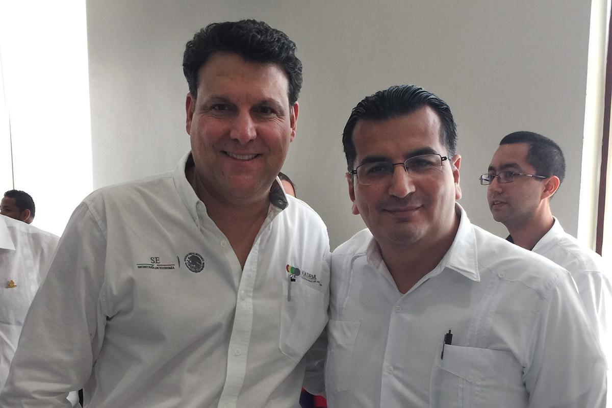 2 / 2 - Anáhuac Xalapa ingresa al Consejo Estatal para la Competitividad de las MiPyMEs