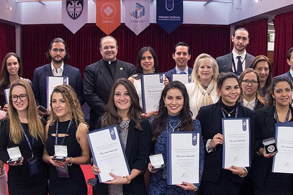 64 Alumnos de la Red Anáhuac reciben Premio CENEVAL EGEL a la Excelencia