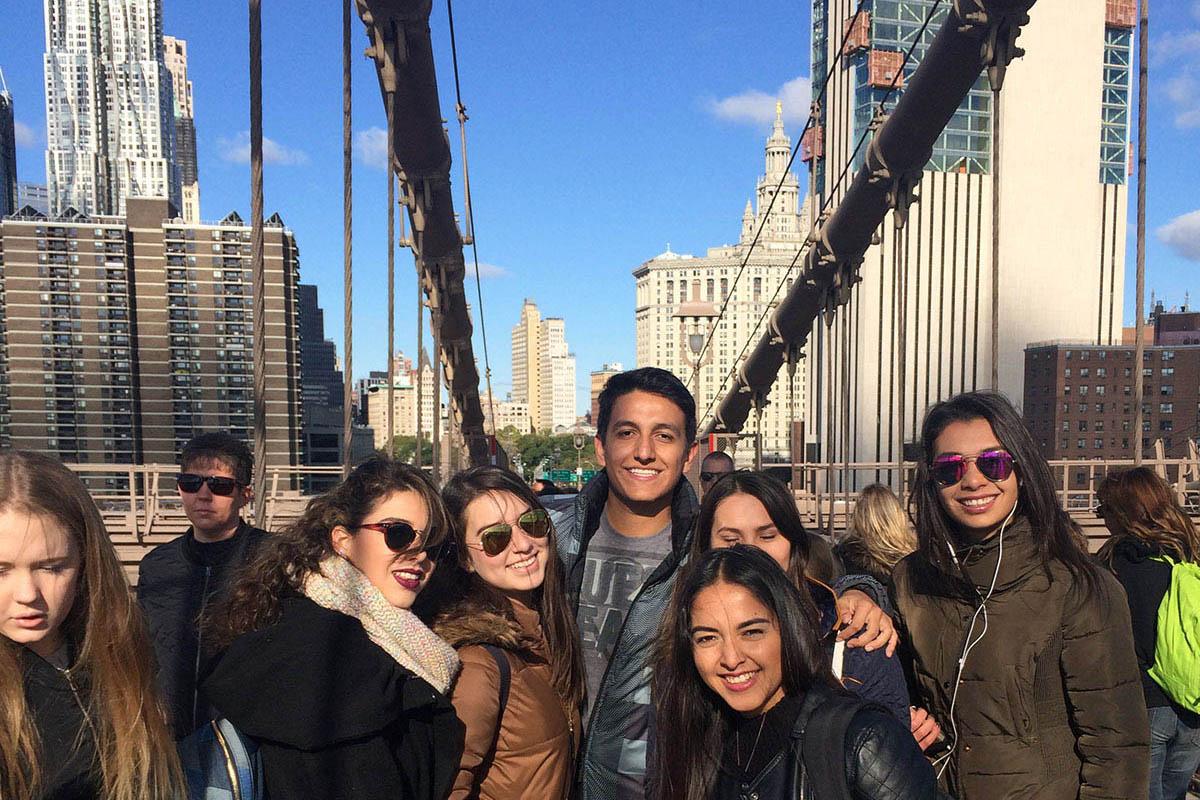 6 / 28 - Viaje a Chicago y Nueva York de la Escuela de Arquitectura