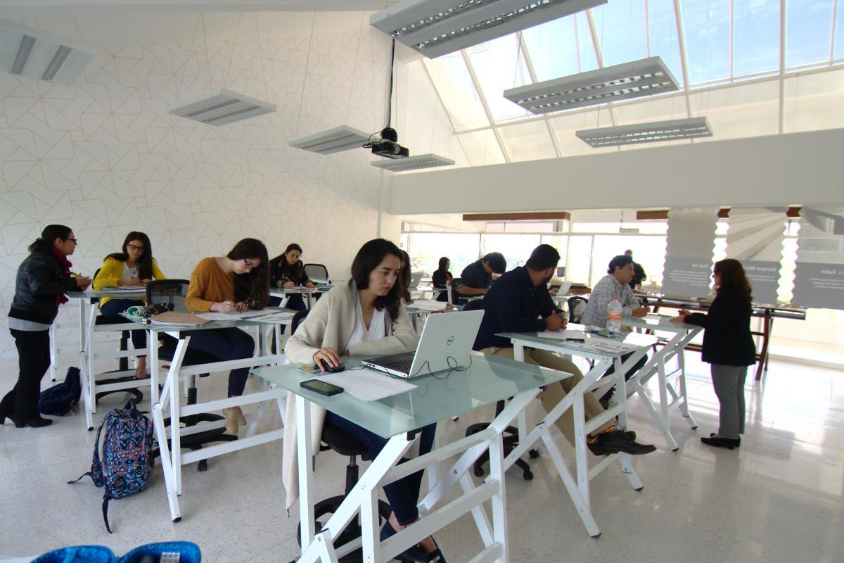 9 / 10 - Centro de Creatividad Sustentable