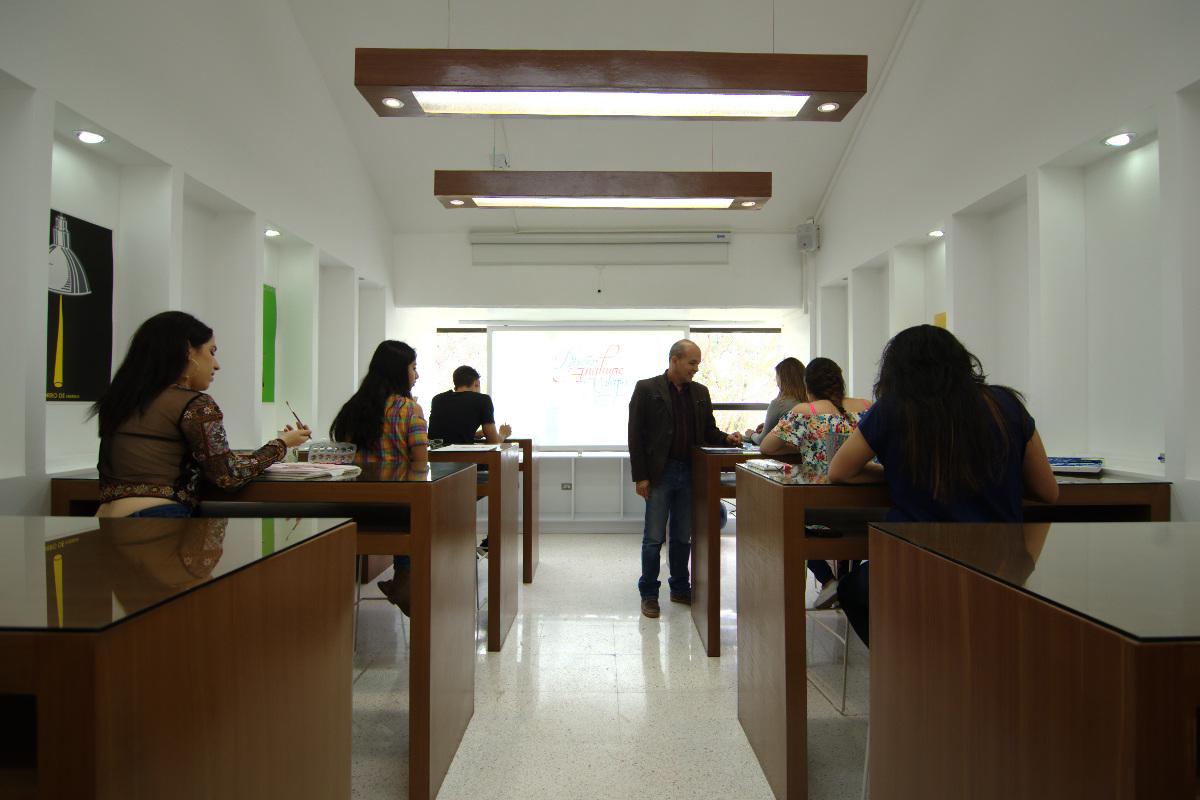 5 / 10 - Centro de Creatividad Sustentable