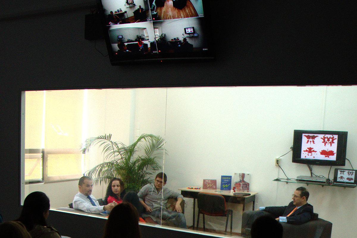 13 / 13 - Centro de Estudios y Tecnología Aplicada a las Ciencias de la Salud