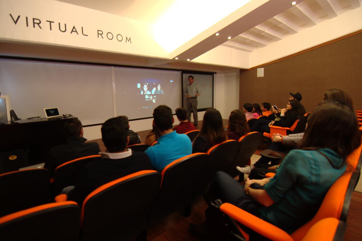5 / 8 - Management & Innovation Center