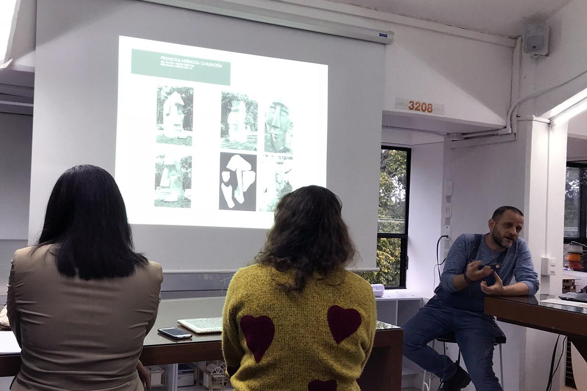 1 / 2 - Vértice en Encuentro con el Arte
