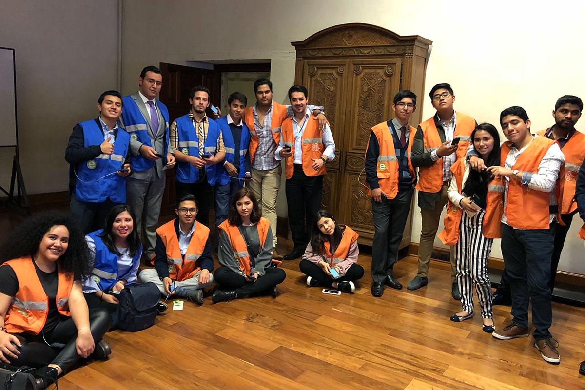 5 / 5 - Exitosa visita de Alumnos de Finanzas a la Ciudad de México