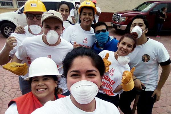 Brigada Anáhuac entrega en Morelos y Puebla 4 toneladas de víveres