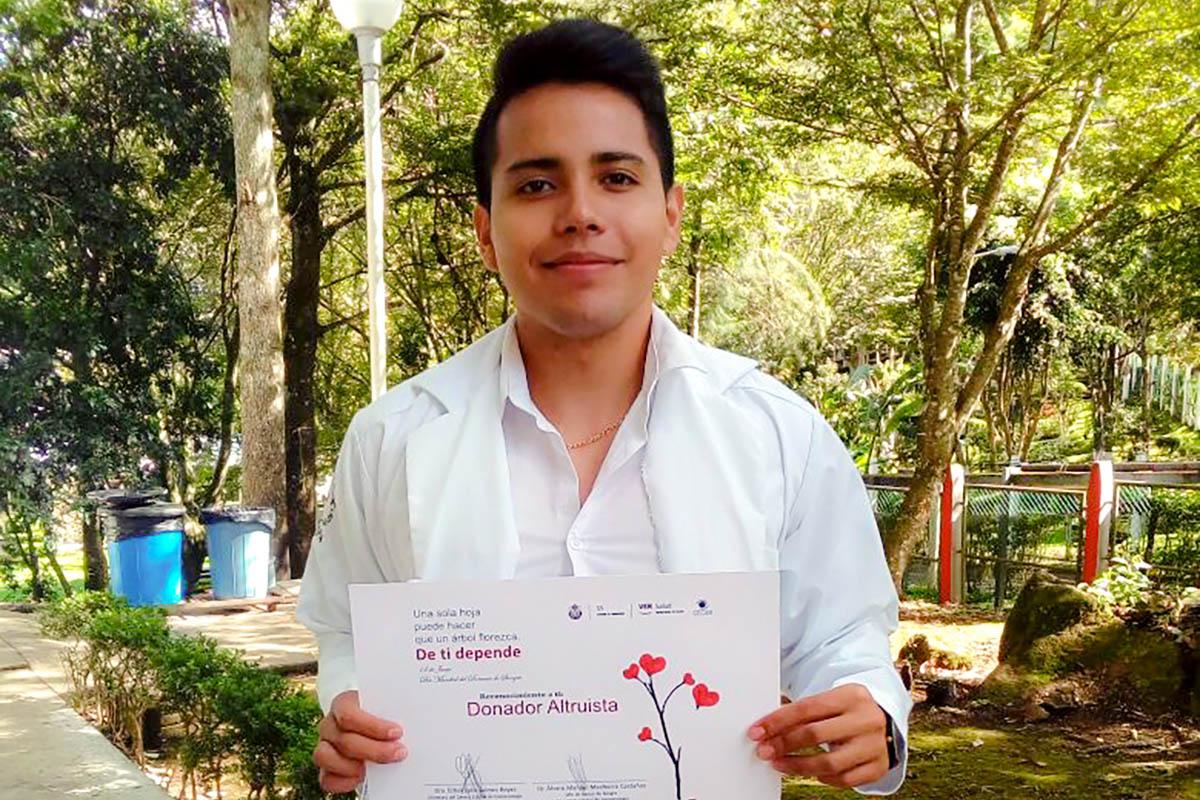 4 / 4 - Primera Campaña de Donación de Sangre Vértice