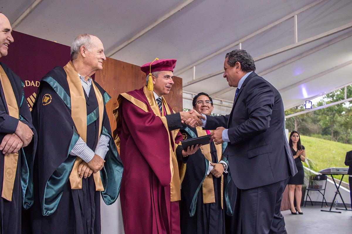 5 / 16 - Ceremonia de entrega de Premios Lux et Veritas y Ser Anáhuac