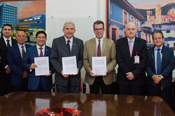 Universidad Anáhuac firma convenio con el Hospital Ángeles