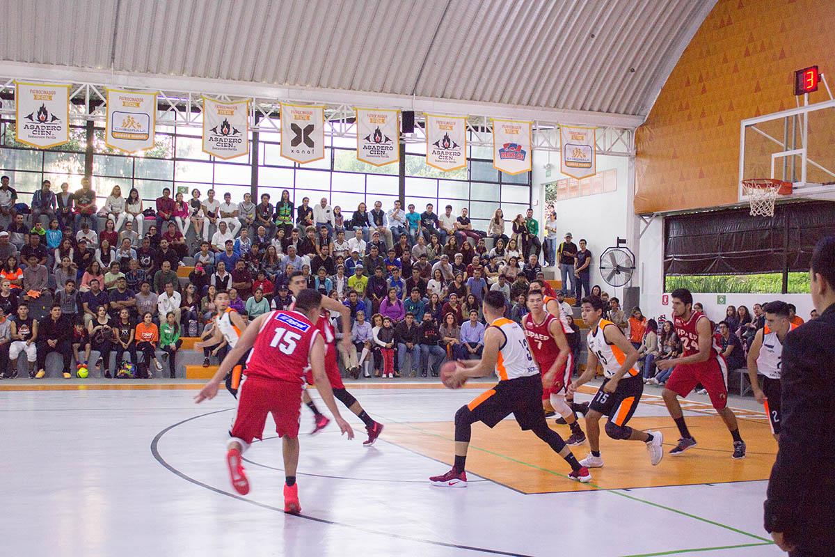 1 / 8 - Debut en Primera División de la Liga ABE