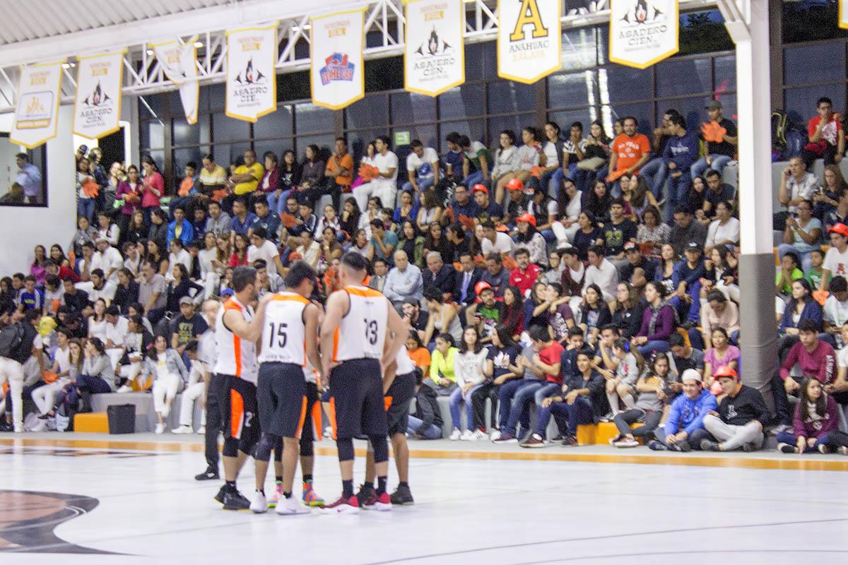 5 / 8 - Debut en Primera División de la Liga ABE