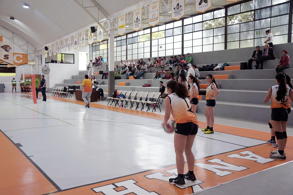 1 / 4 - Inicia la actividad en Voleibol Anáhuac