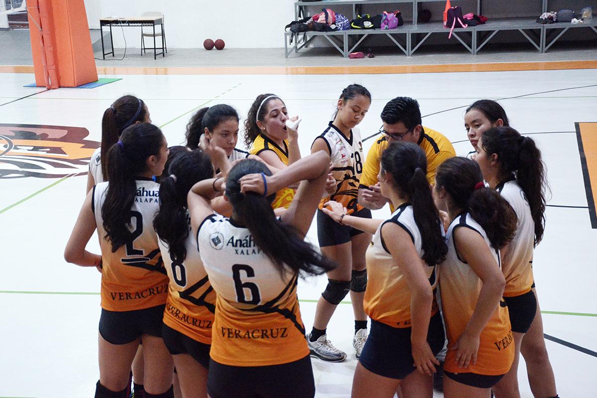 4 / 4 - Inicia la actividad en Voleibol Anáhuac