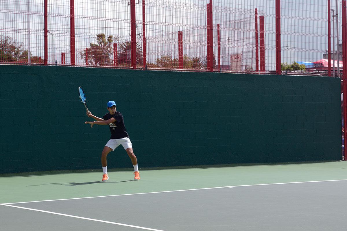 4 / 8 - Representativo de Tenis en la Primera Etapa CONADEIP