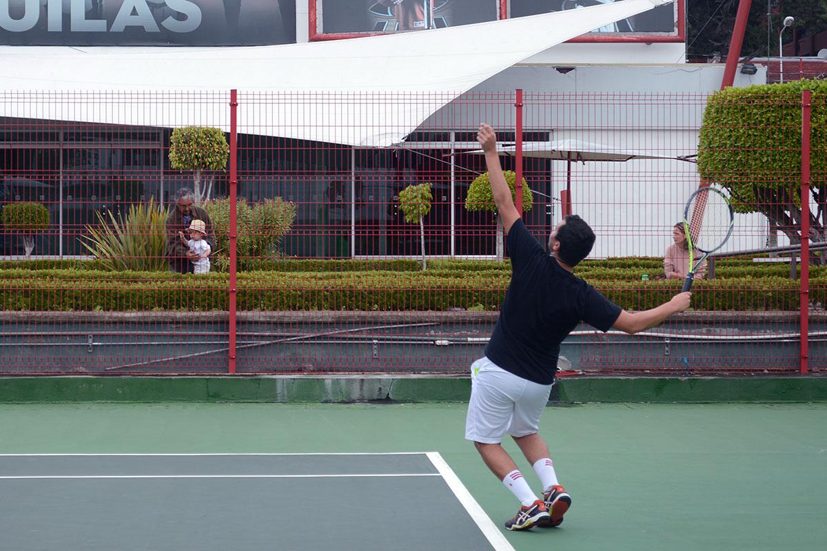 5 / 8 - Representativo de Tenis en la Primera Etapa CONADEIP