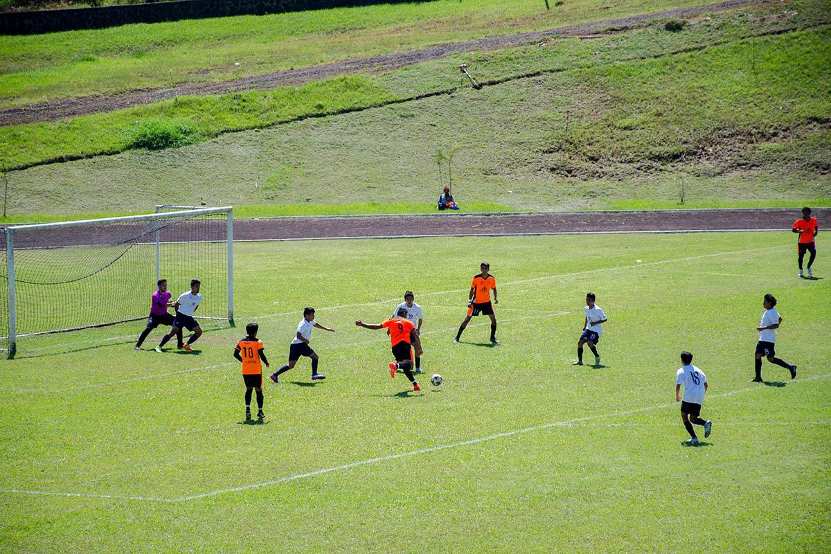 1 / 8 - Victoria en Fútbol y Octava Jornada ABE