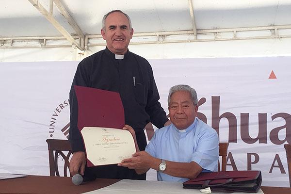 Visita del Padre Alvarito Fernández