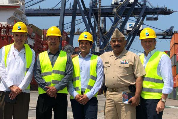 Autoridades de la UAX visitan Recinto Portuario de Veracruz