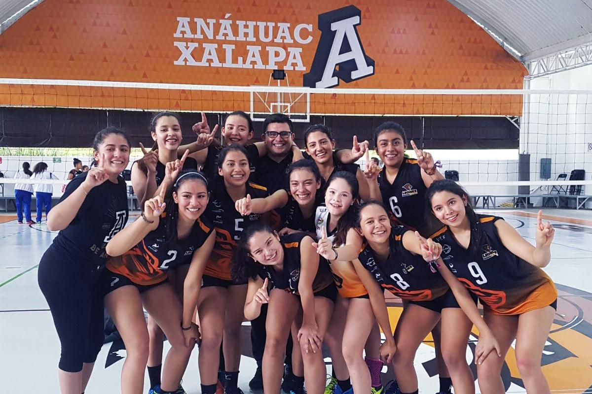 1 / 4 - Voleibol Femenil Anáhuac Xalapa va al Nacional