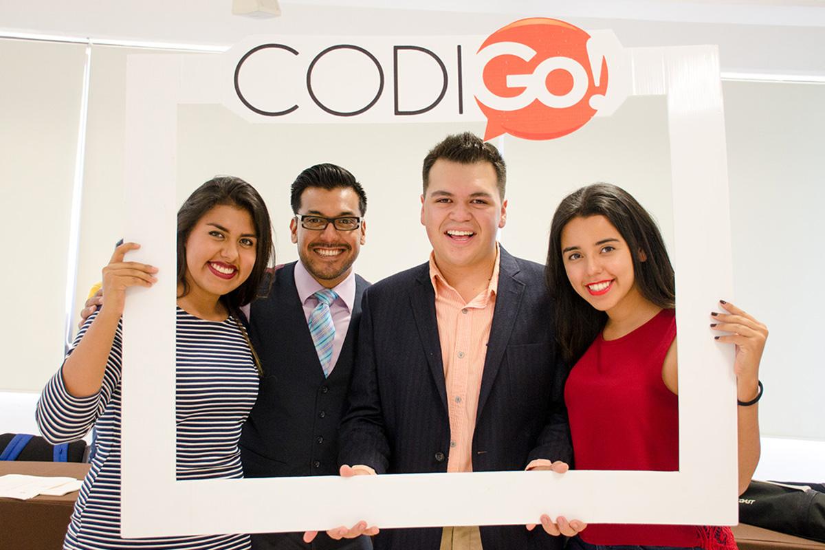 1 / 5 - Grupo CODIGo! cambia Mesa Directiva