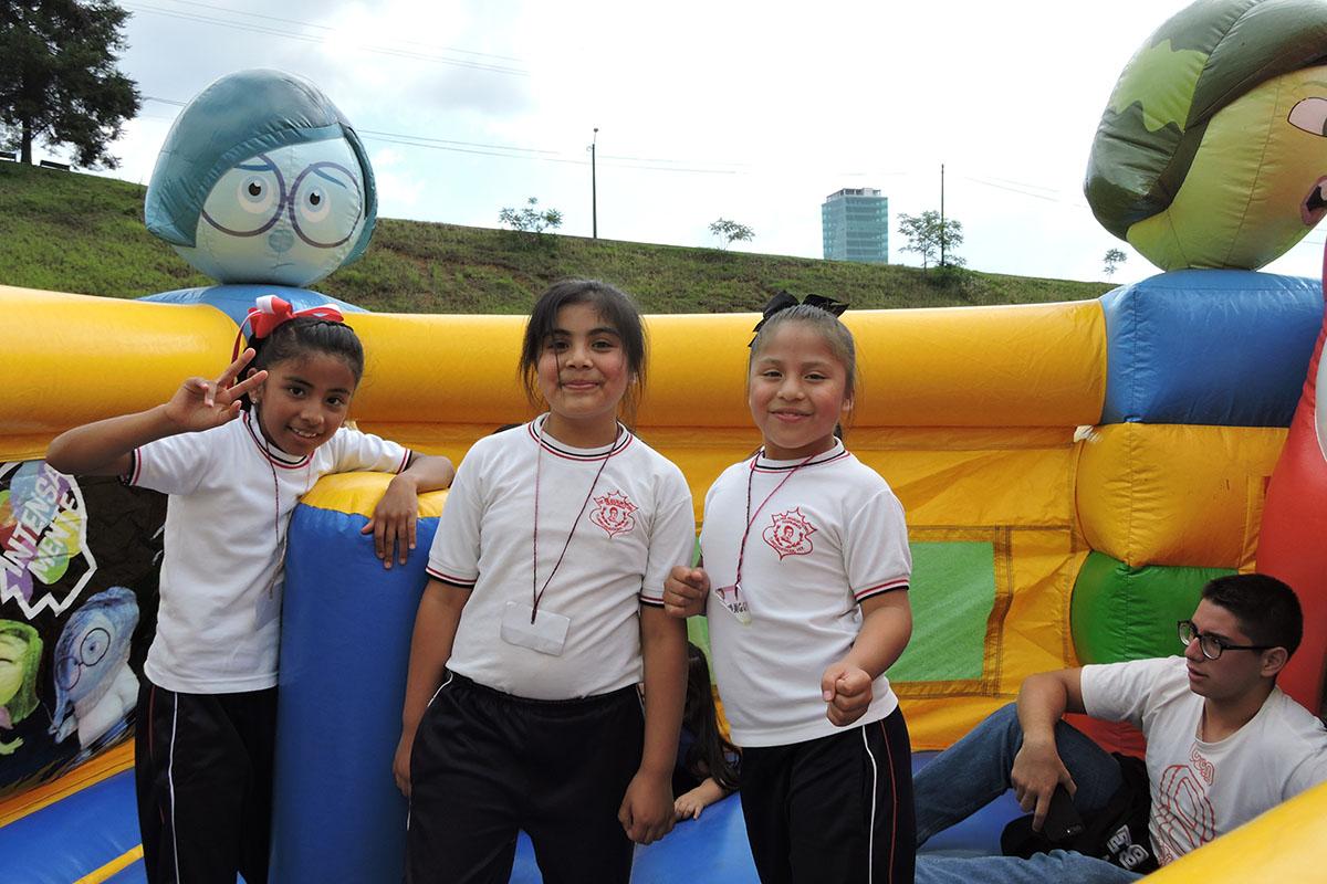4 / 19 - Celebrando el Día del Niño en la Anáhuac