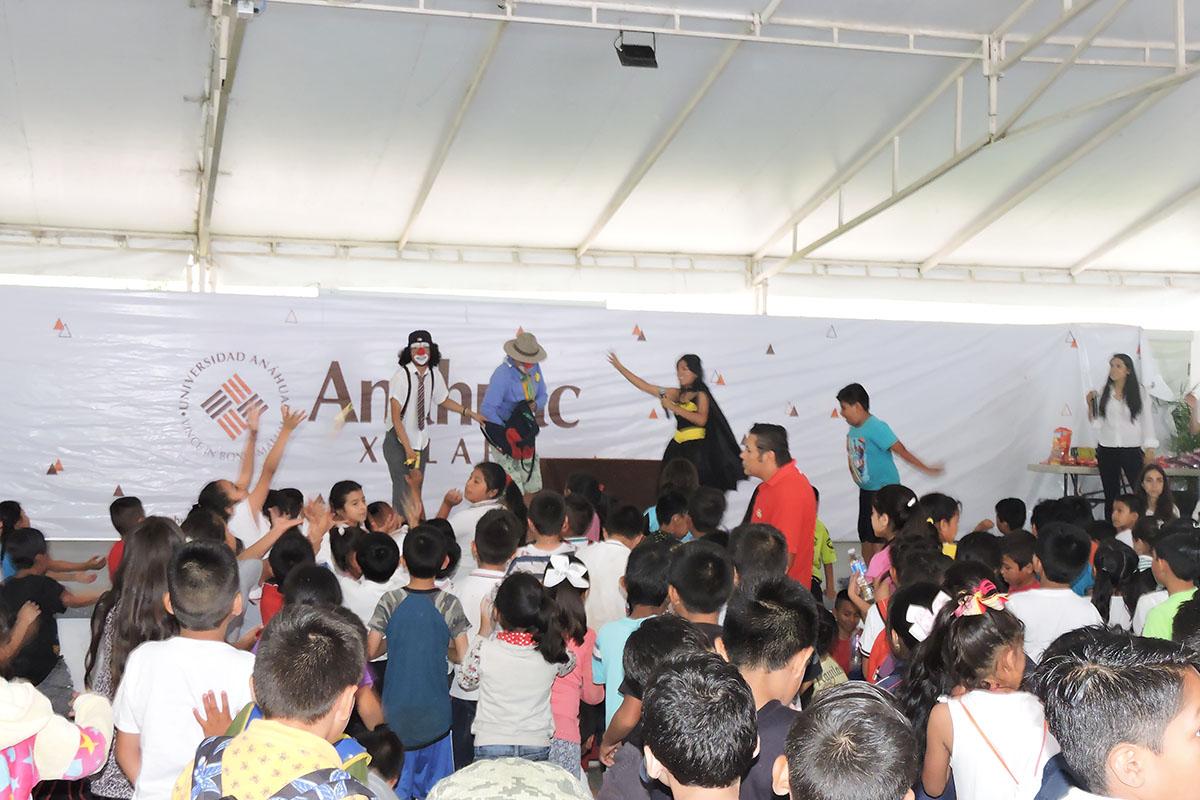 18 / 19 - Celebrando el Día del Niño en la Anáhuac