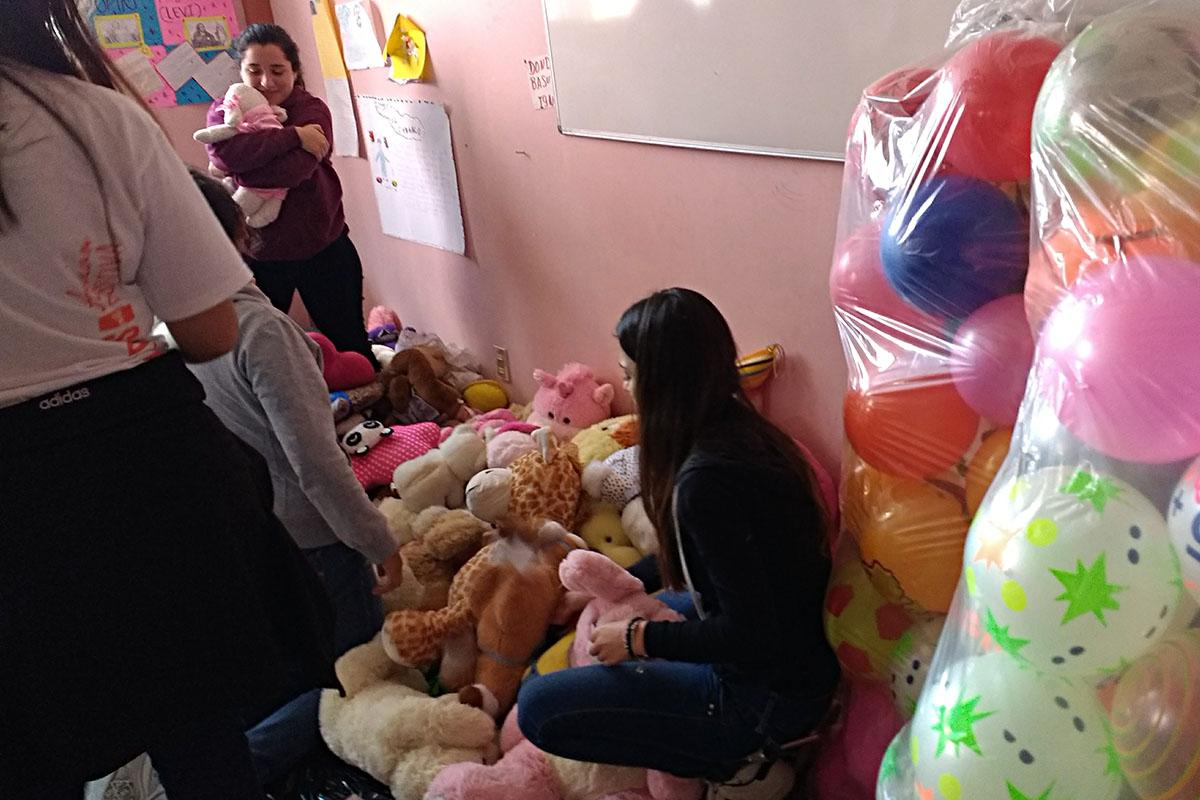 3 / 20 - Entrega de juguetes en la comunidad de Ayahualulco
