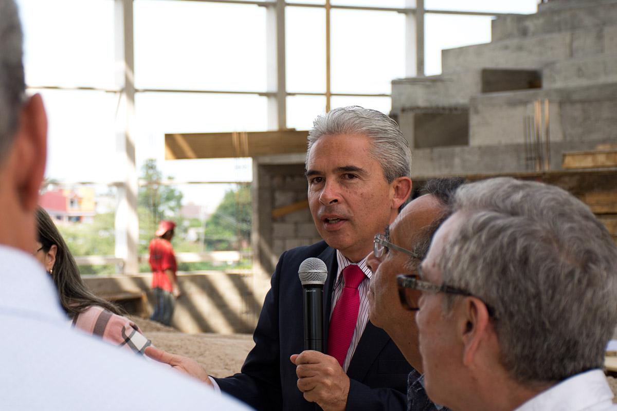 4 / 15 - Patronato de la UAX inaugura Laboratorios de Bachillerato Anáhuac