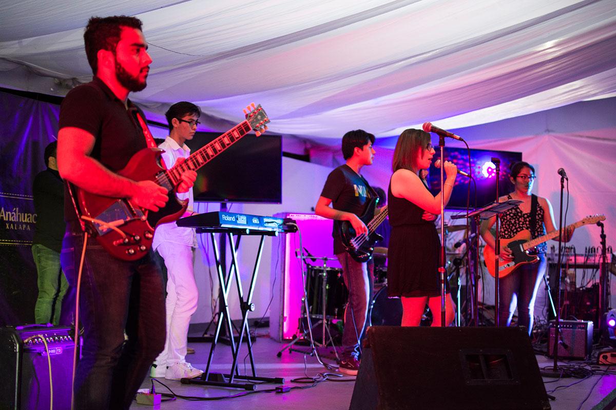 4 / 12 - Noche de Talentos Anáhuac