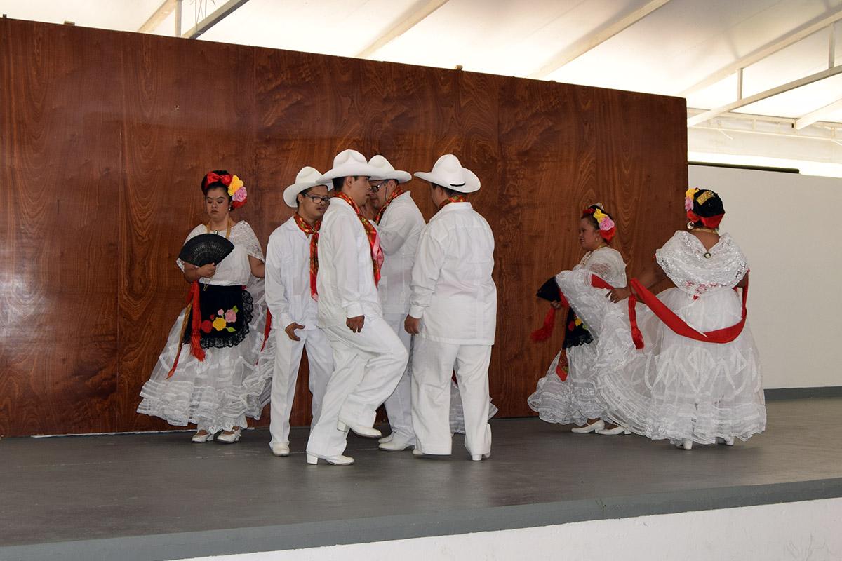 5 / 16 - Visita del Instituto Down de Xalapa