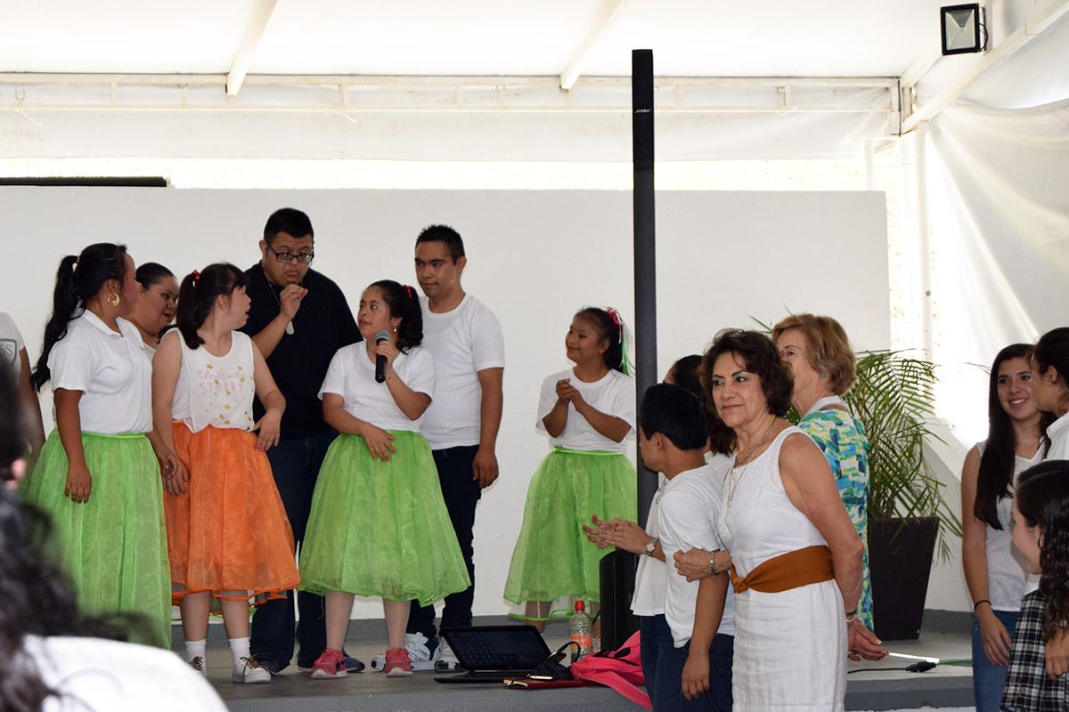 14 / 16 - Visita del Instituto Down de Xalapa
