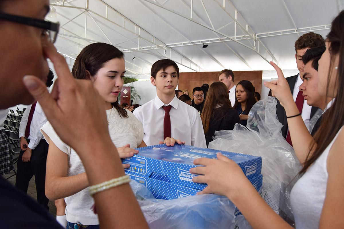 16 / 16 - Visita del Instituto Down de Xalapa