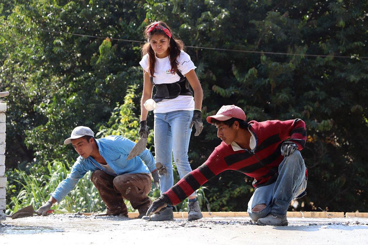 5 / 10 - ASUA Construye entrega casas en San Antonio Alpanocan