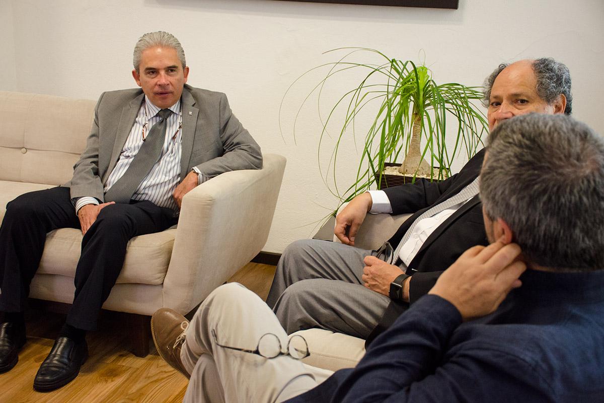 1 / 4 - Visita del Arq. Roberto Goycoolea de la Universidad de Alcalá de Henares