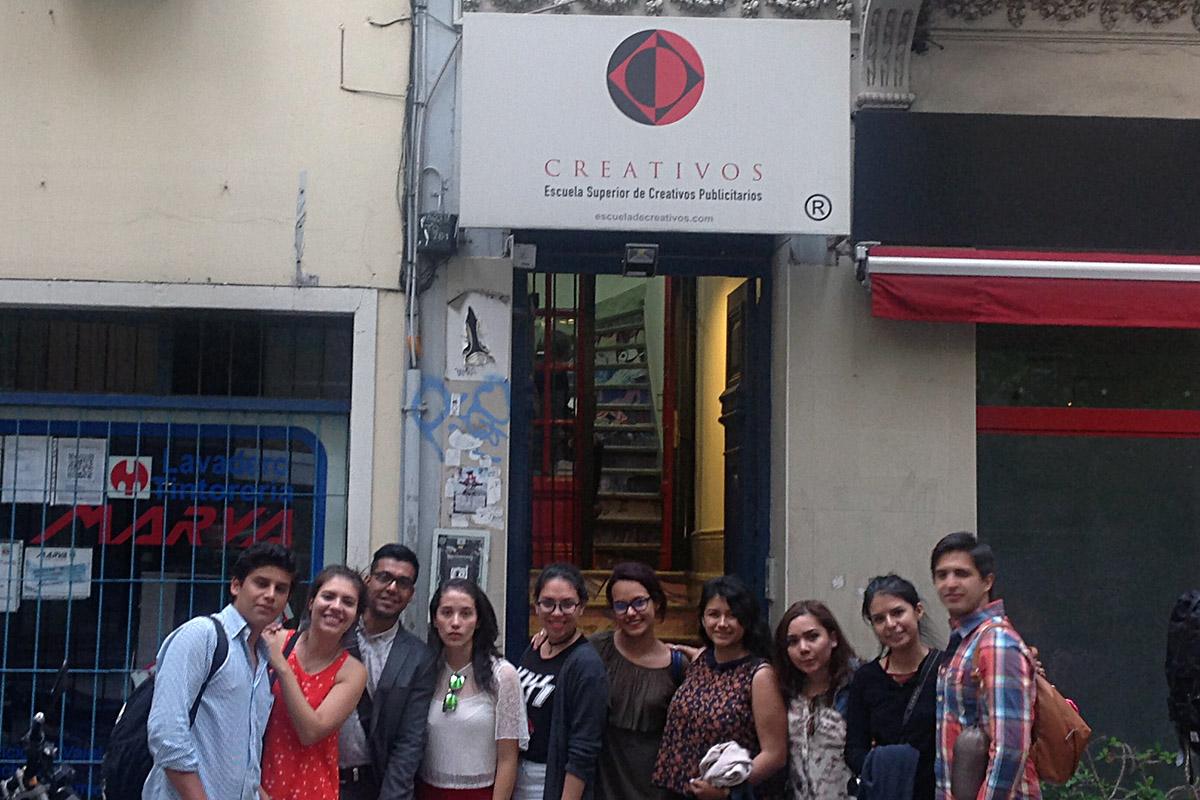 1 / 5 - Alumnos de Comunicación viajan a Argentina