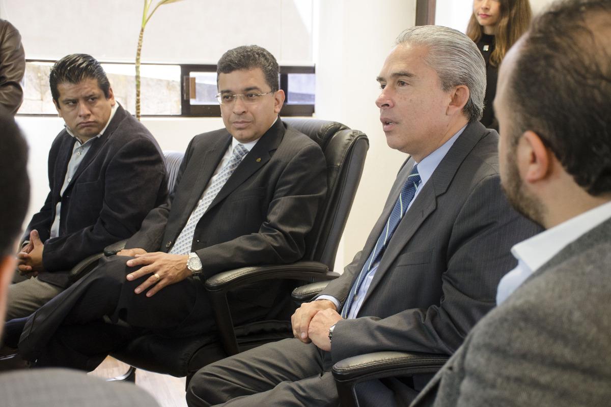 1 / 4 - Firma de convenio de colaboración con CANACO SERVYTUR Xalapa