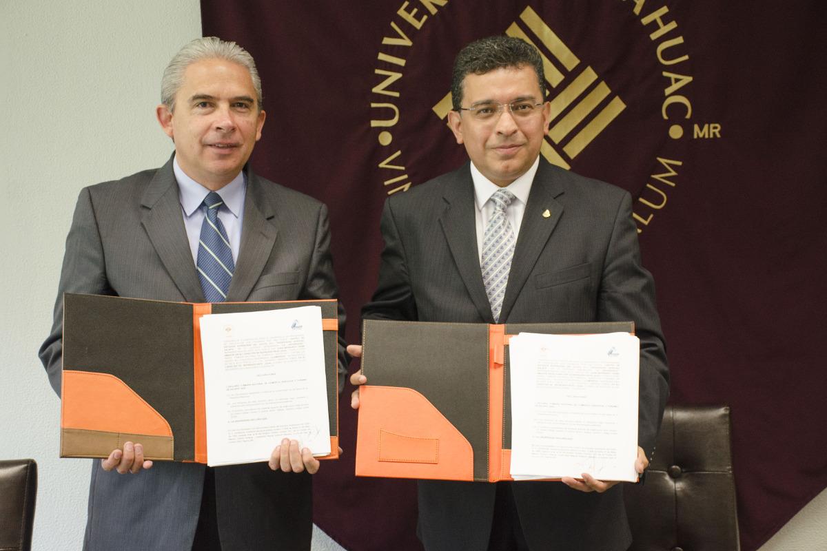 4 / 4 - Firma de convenio de colaboración con CANACO SERVYTUR Xalapa