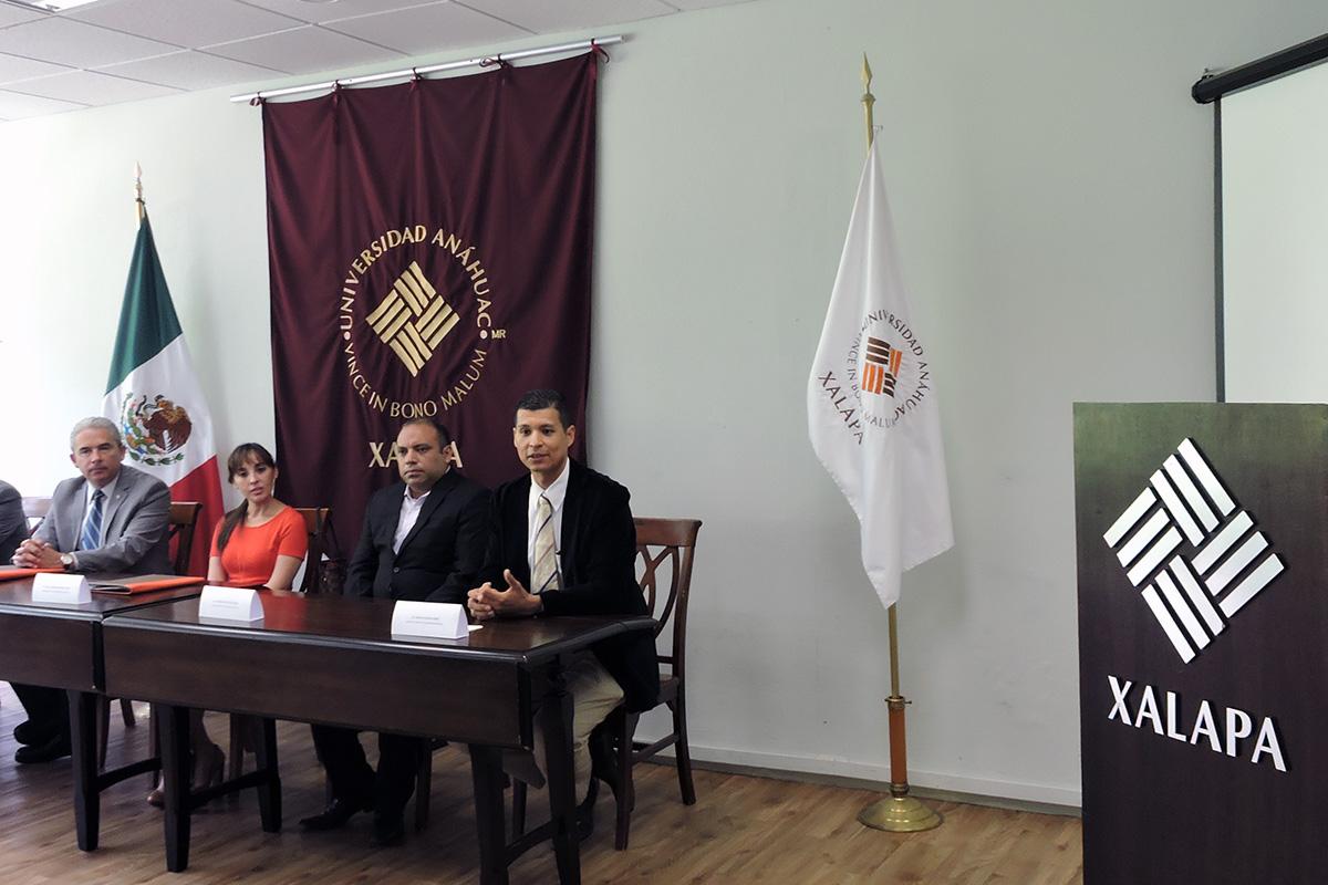 1 / 4 - Se firma convenio con Rotoplas, empresa internacional de origen mexicano