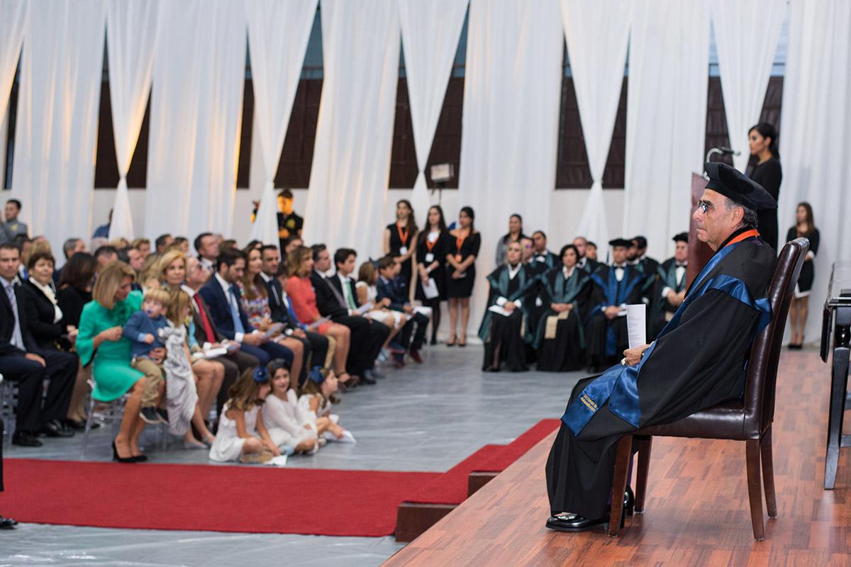 4 / 11 - La UAX otorga el primer Doctorado Honoris Causa al Excmo. Sr. Alfredo Chedraui Obeso