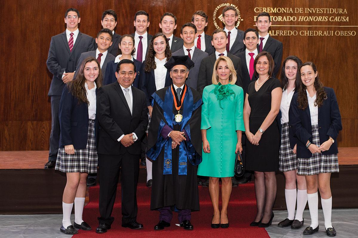 11 / 11 - La UAX otorga el primer Doctorado Honoris Causa al Excmo. Sr. Alfredo Chedraui Obeso